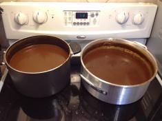 BBQ Sauce Pots